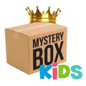 Other - 📦  10 piece 4T Mystery Boxes! 📦
